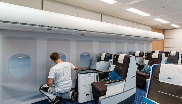 Airtex behang montage Schiphol business class training center